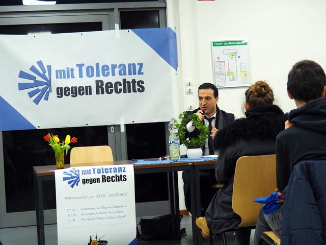 Literarisches Café mit Yavuz Narin